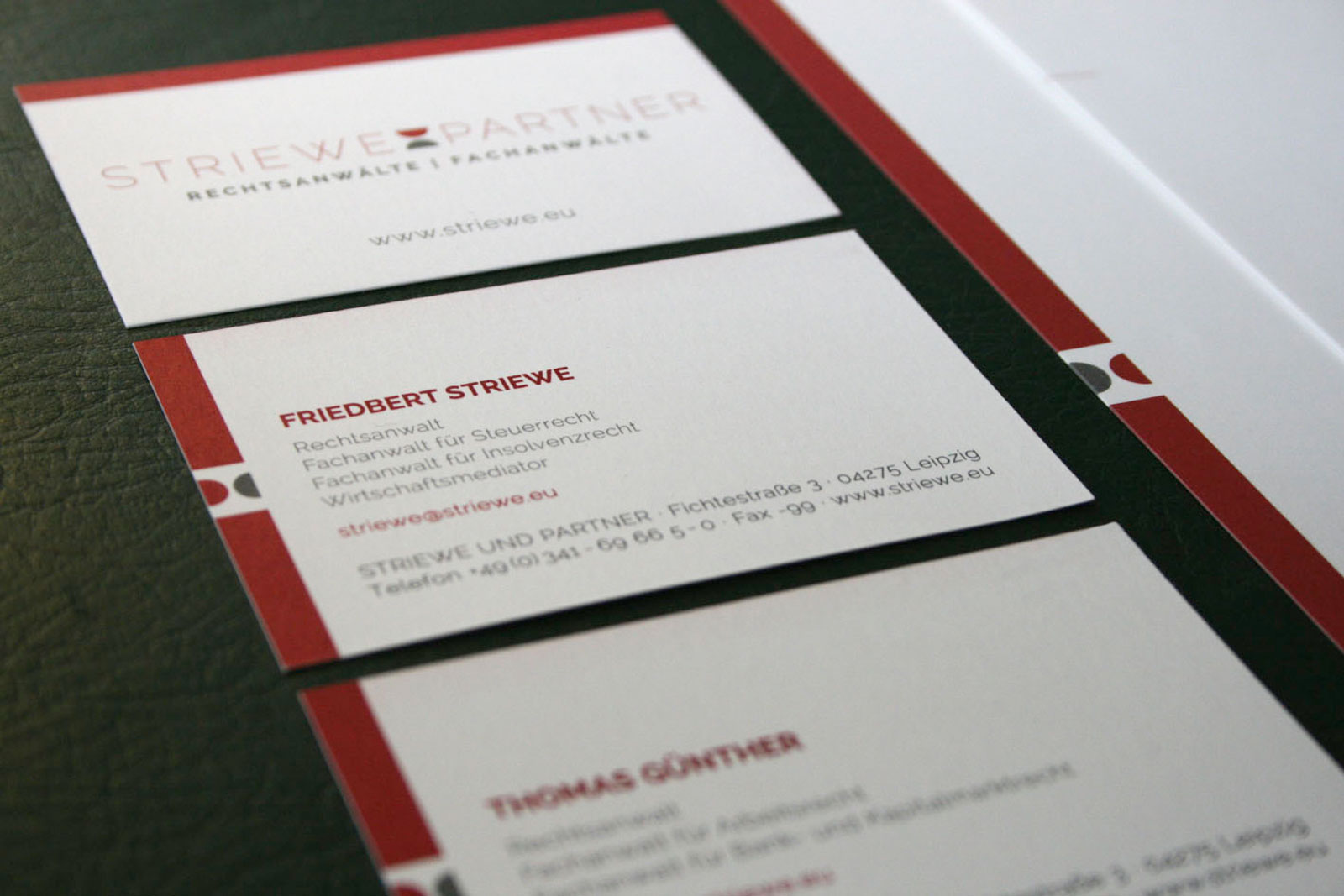 kathrin, krasselt, mediendesign, grafik, grafiker, leipzig, werbung, webdesign, logo, corporate, design, striewe, rechtsanwalt, visitenkarte